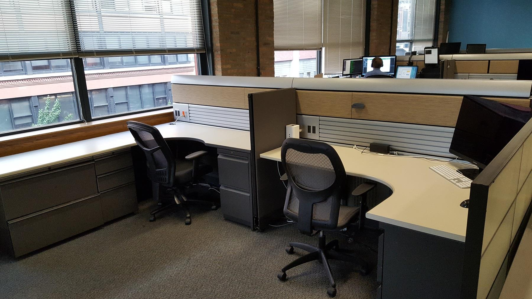 ClairVista - Four Spacious Desks in Shared Office