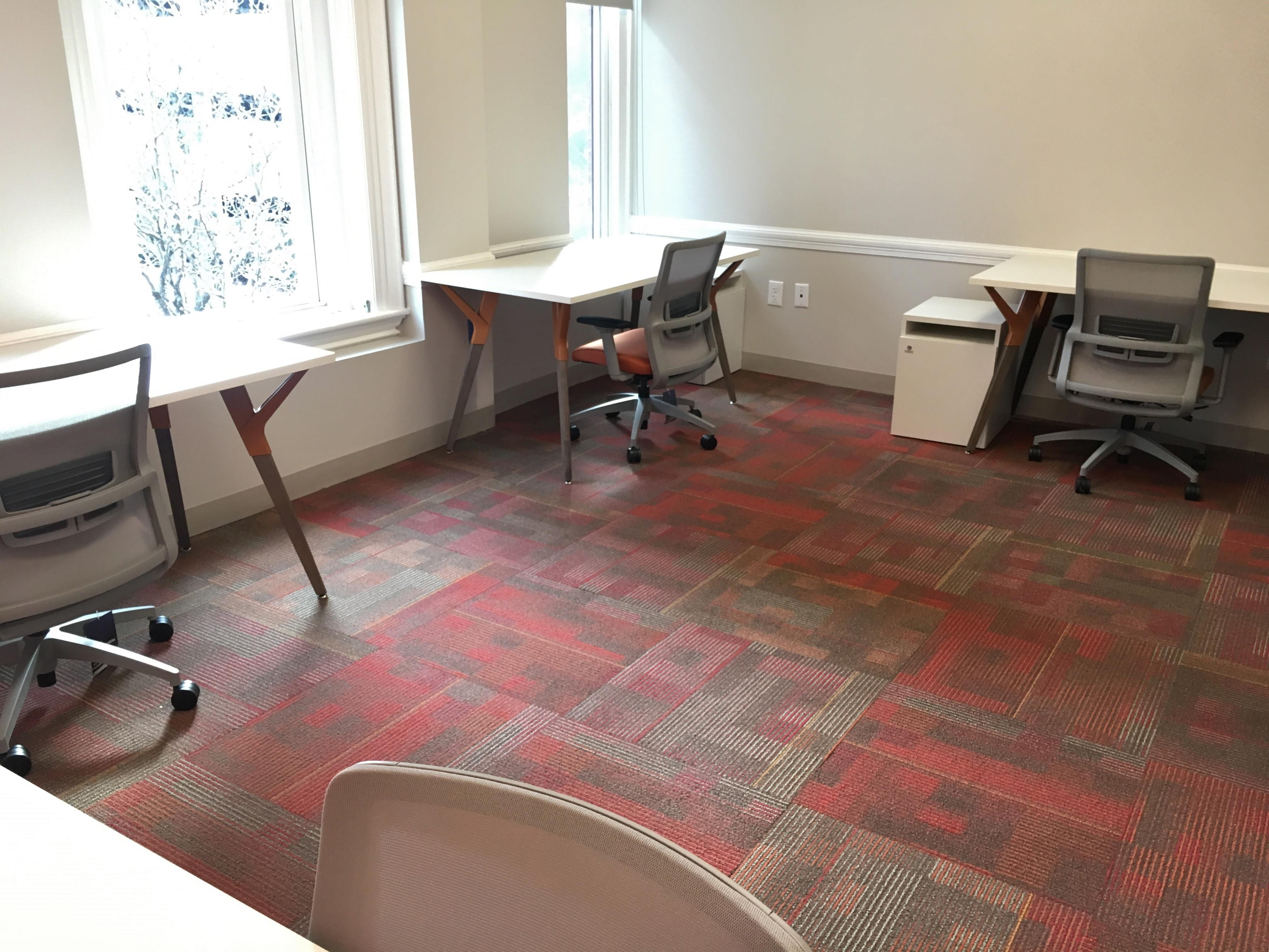 Red Oak Coworking Offices - Premier Office
