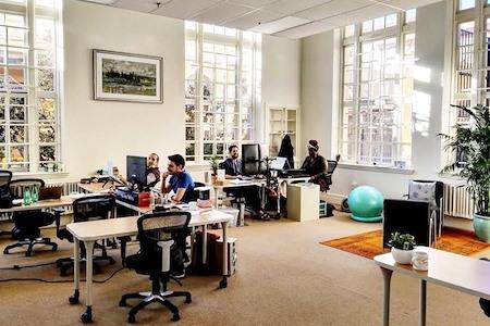 CoWorking with Wisdom - Flex Desk