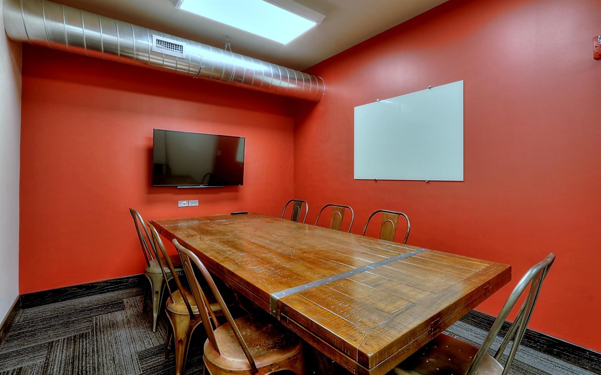 GRID COLLABORATIVE WORKSPACES - Medium Meeting Room