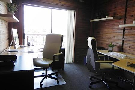 K Dunn & Associates - Dedicated Desk in Shared Private Office