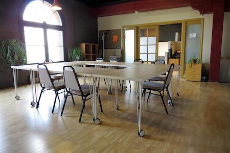 MotiveSpace - Barn Nonprofit Center Private Office