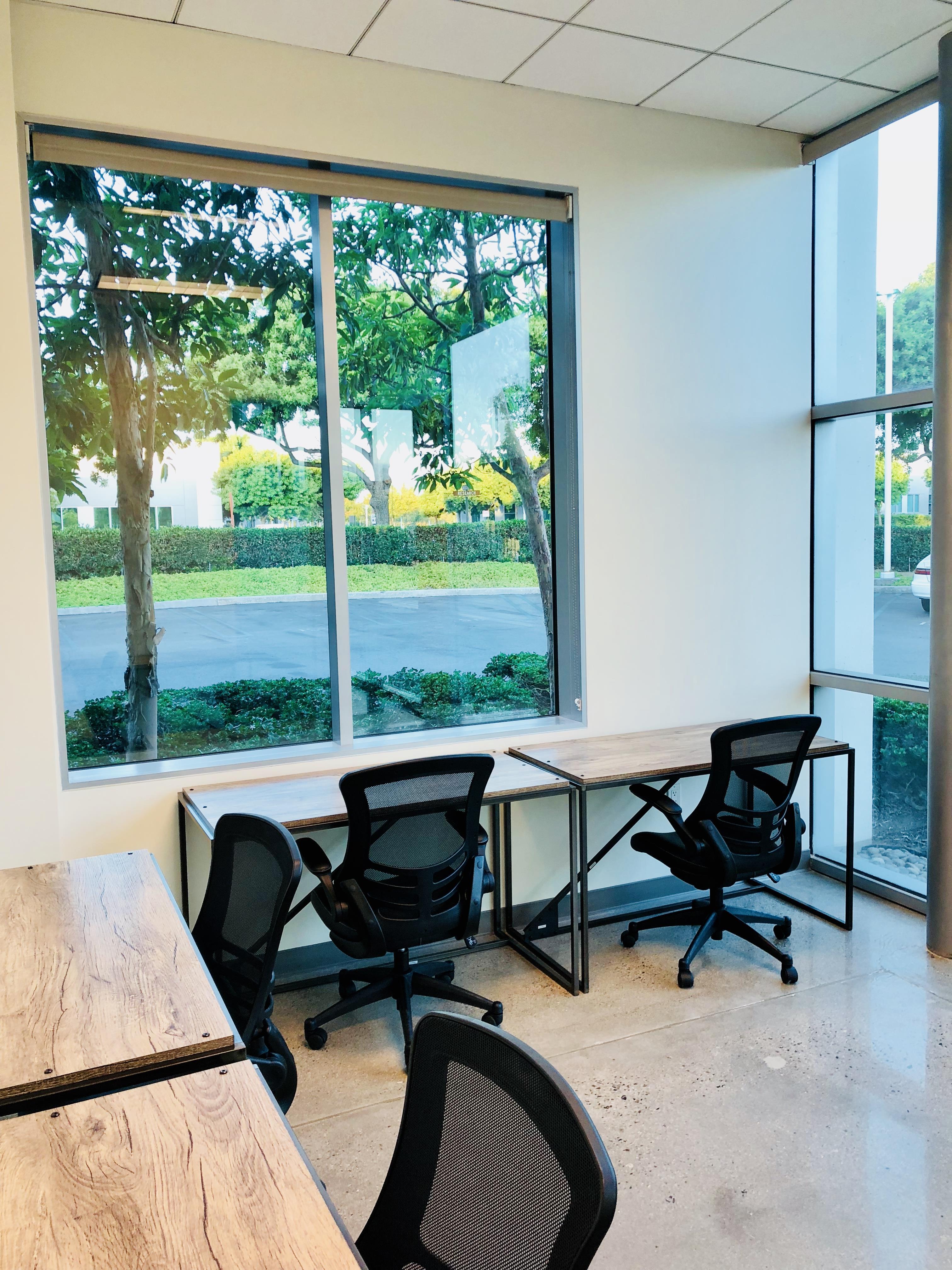 Intela-Hub - Intela Hub Private Office 2