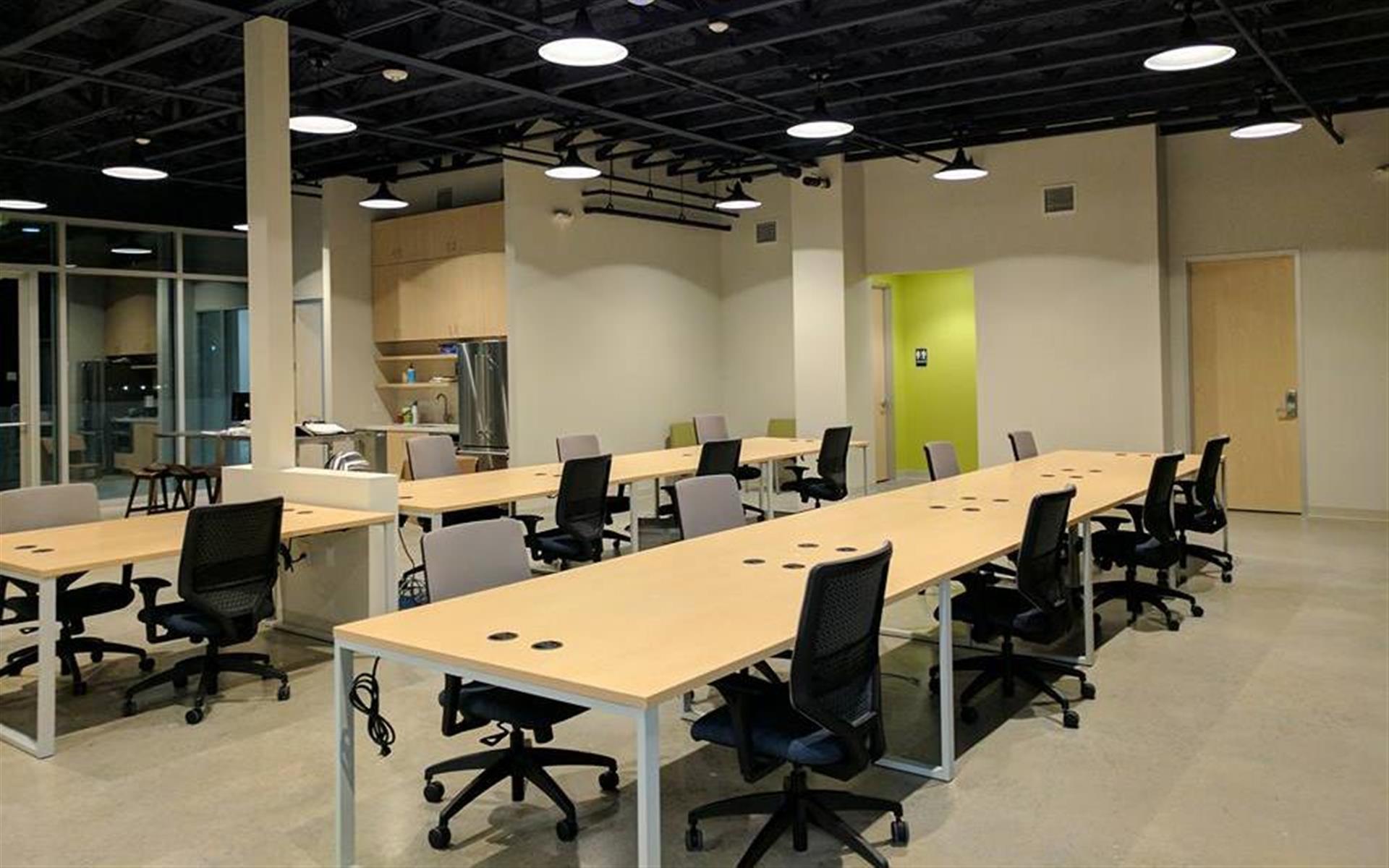 Greenway Central - Dedicated Desk
