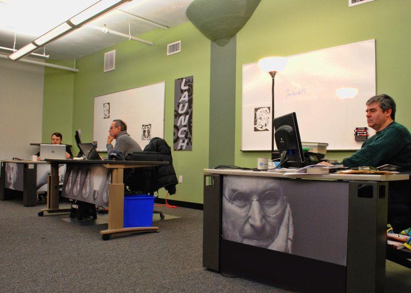 Century Suites - Woburn - Dedicated Desk in Coworking Space