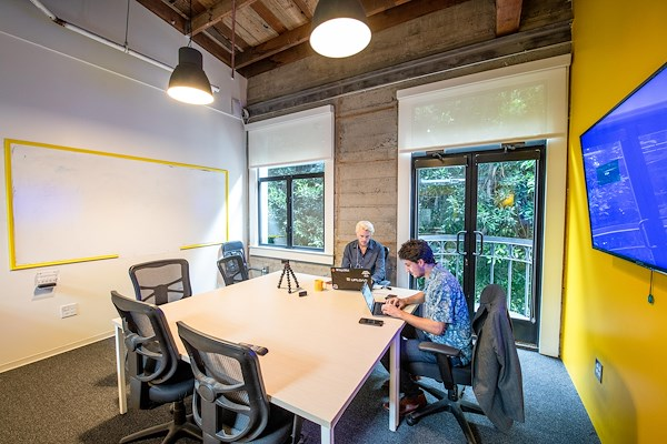 OnePiece Work San Francisco - Office for 6