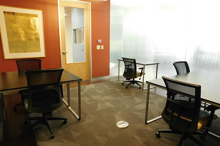 Cross Campus Scottsdale - 6 Person Office with Glass Wall
