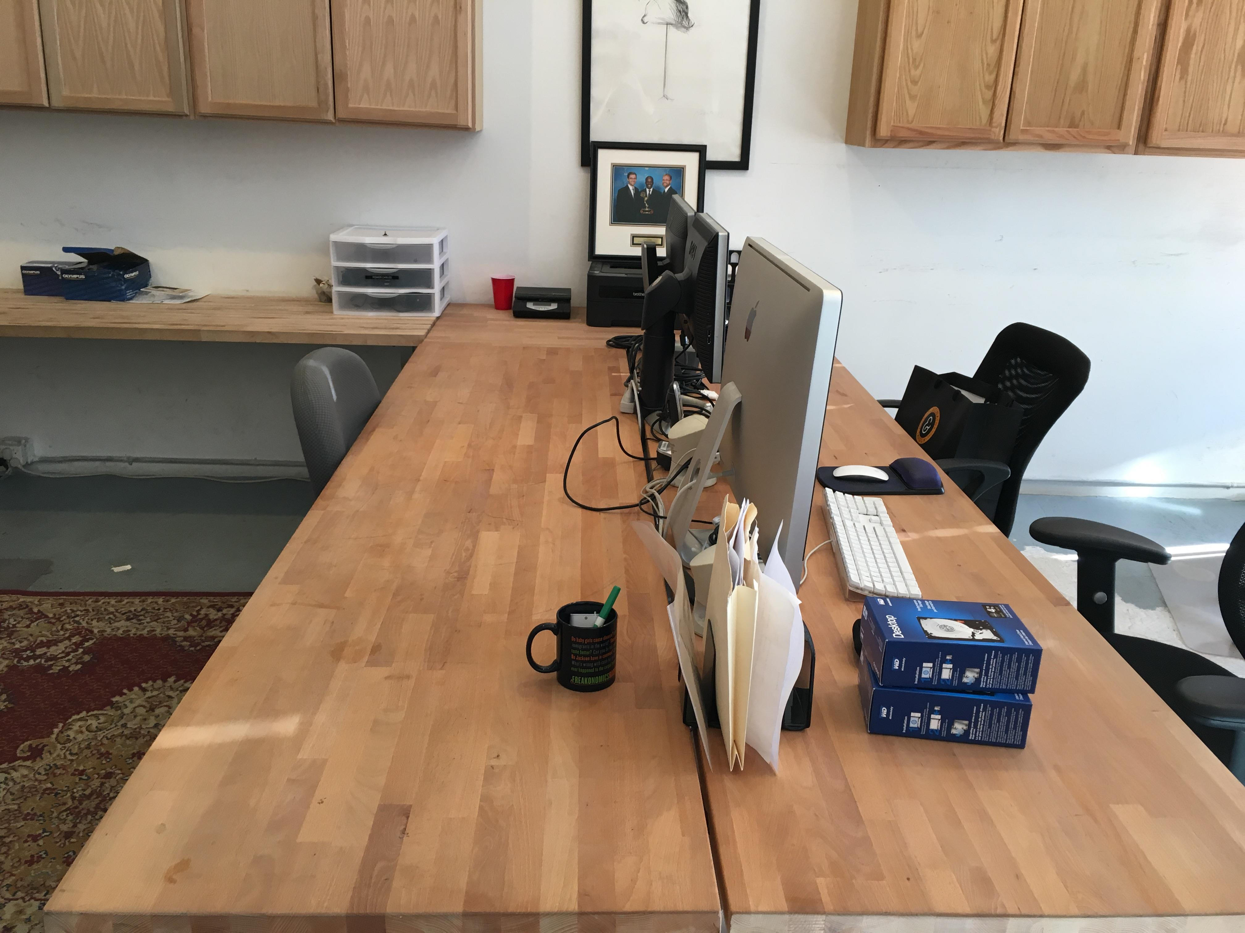 Transient Pictures - Shared Desk in Prime Williamsburg