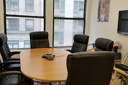 CW Publishing Group - Private Office