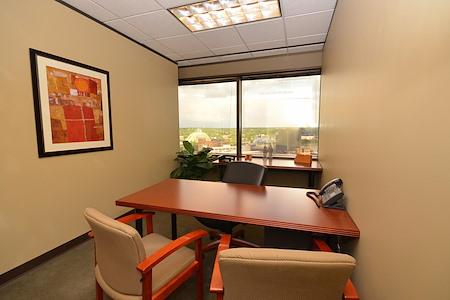 (CIN) Columbia Plaza - Exterior Office