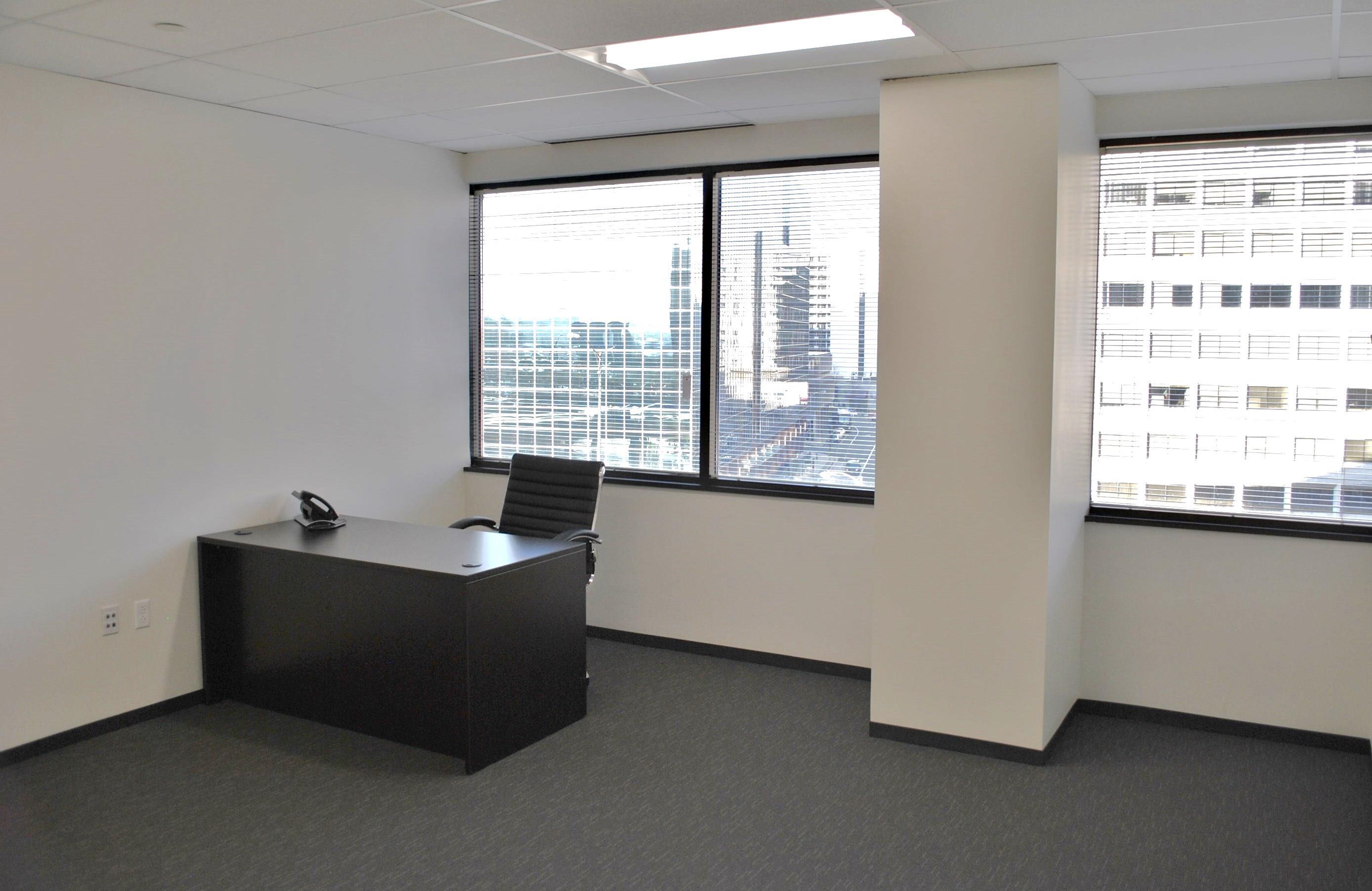 Oxford Executive Suites - E16 -Large w/Window