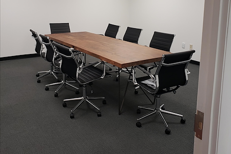 Novel Coworking Jacksonville - Executive Suite 1-75 people