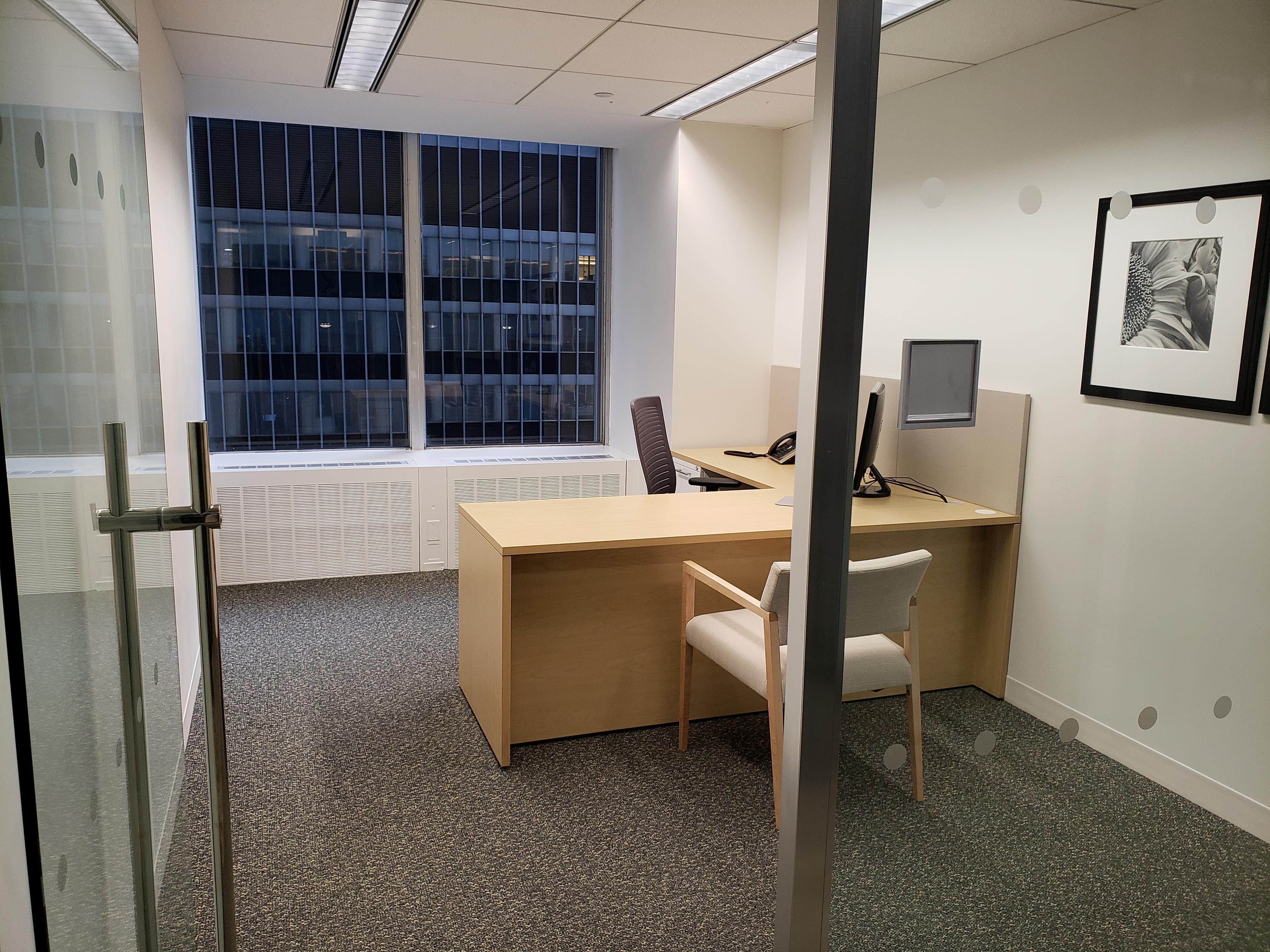 1301 6th Avenue - Private Window Office 1