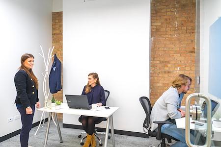 Novel Coworking - River North - Shared Office Dedicated Desk