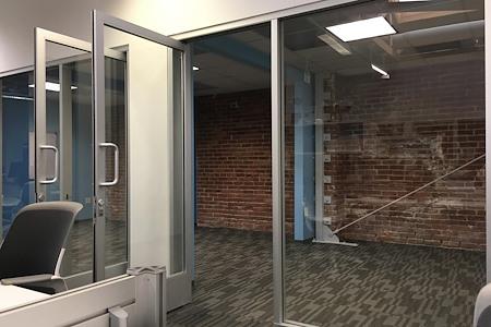BLANKSPACES Santa Monica - Team Office for 8