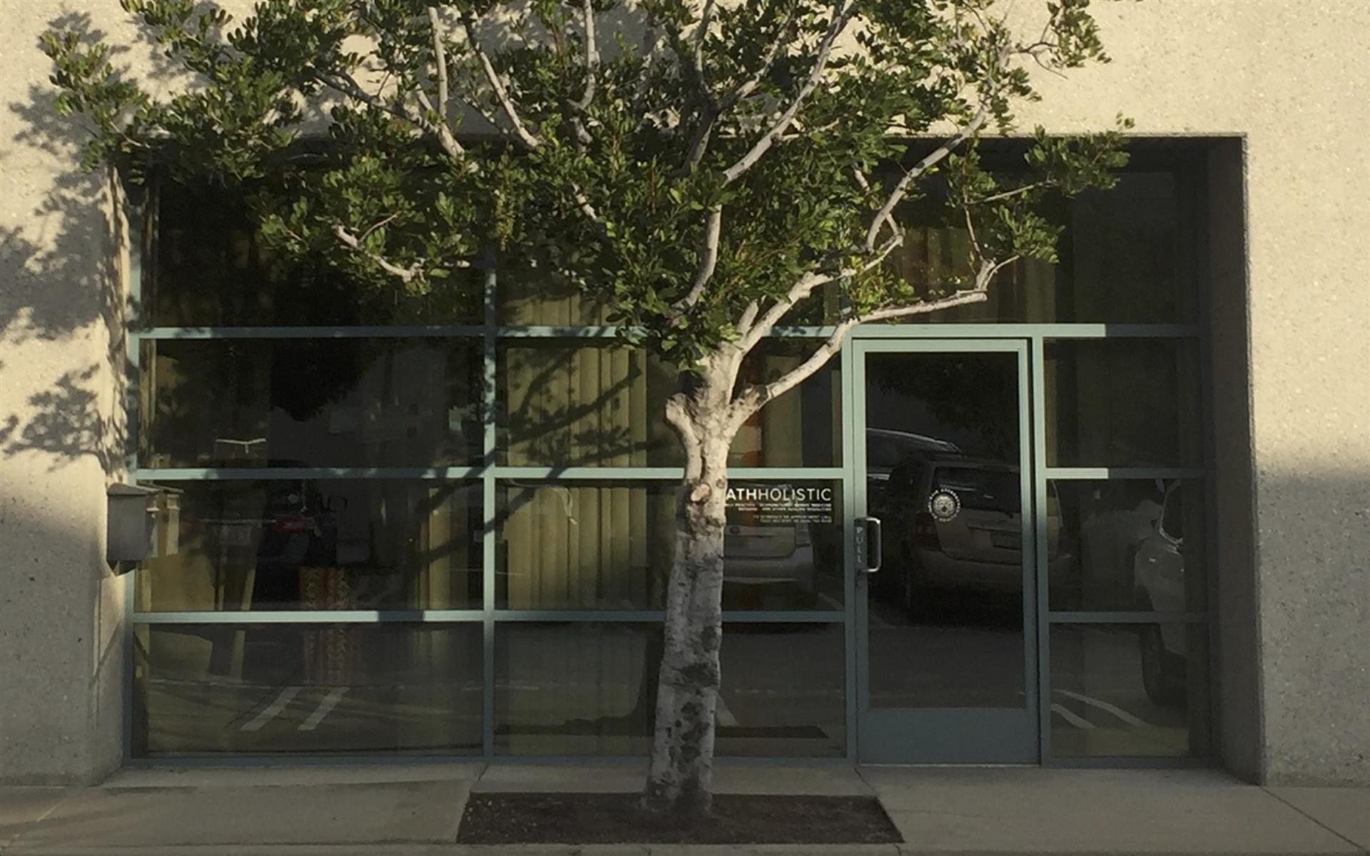 HATH Holistic - Wellness Center - Suite 1 (Hourly)