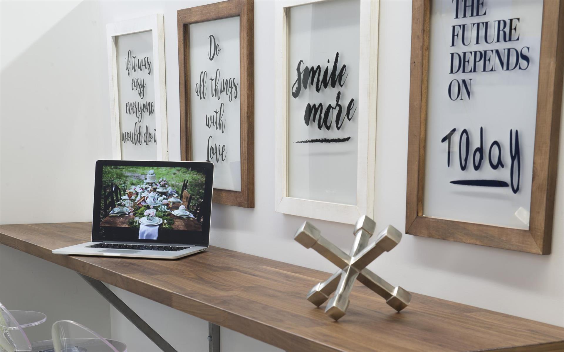 601 Vine Atelier | Studio, Meetings & CoWorking - Open Desk | Flexible Co-Working Space
