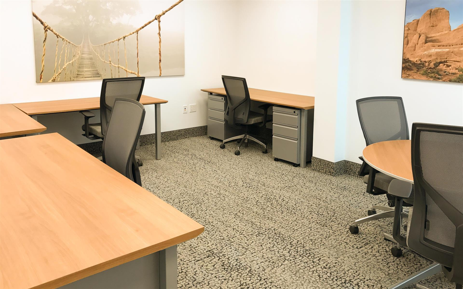 Symphony Workplaces - Palm Beach - Ensemble Team Workspace (4 people)