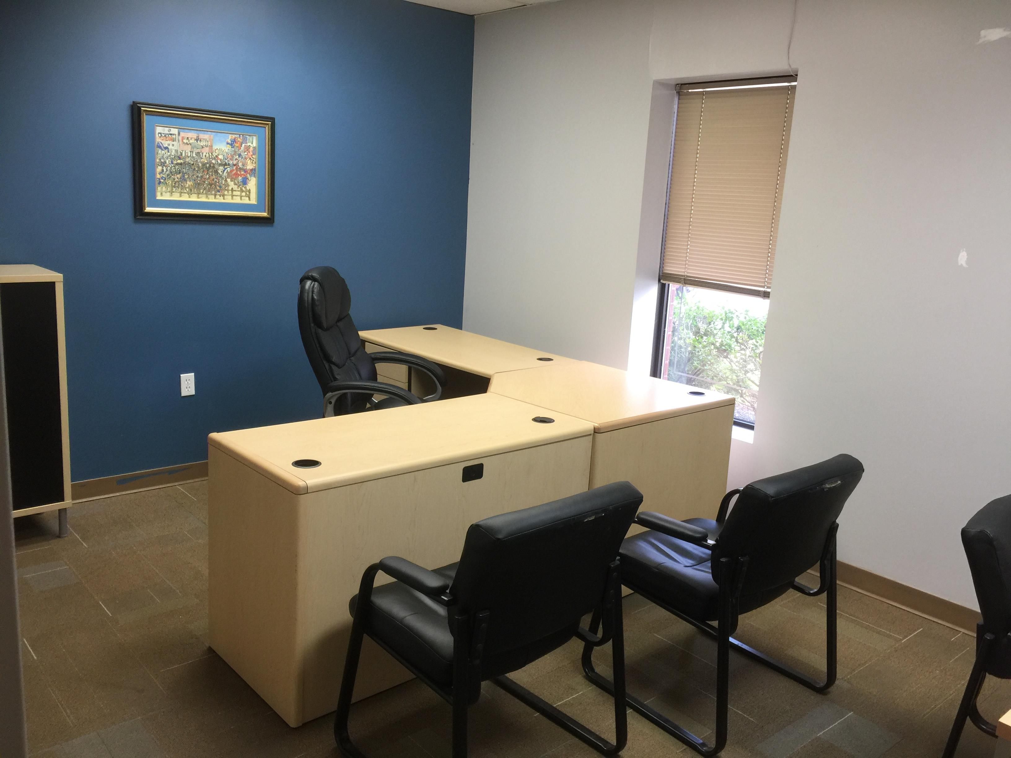 The Exchange Offices - Windowed Executive Office