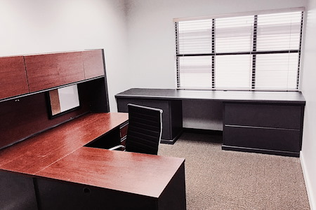 La Mirada Executive Suites - Office 3