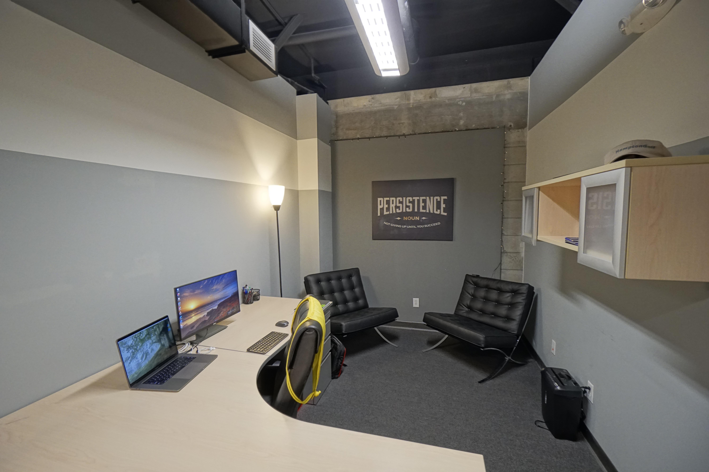 Treeline Realty - Dedicated Desk 1