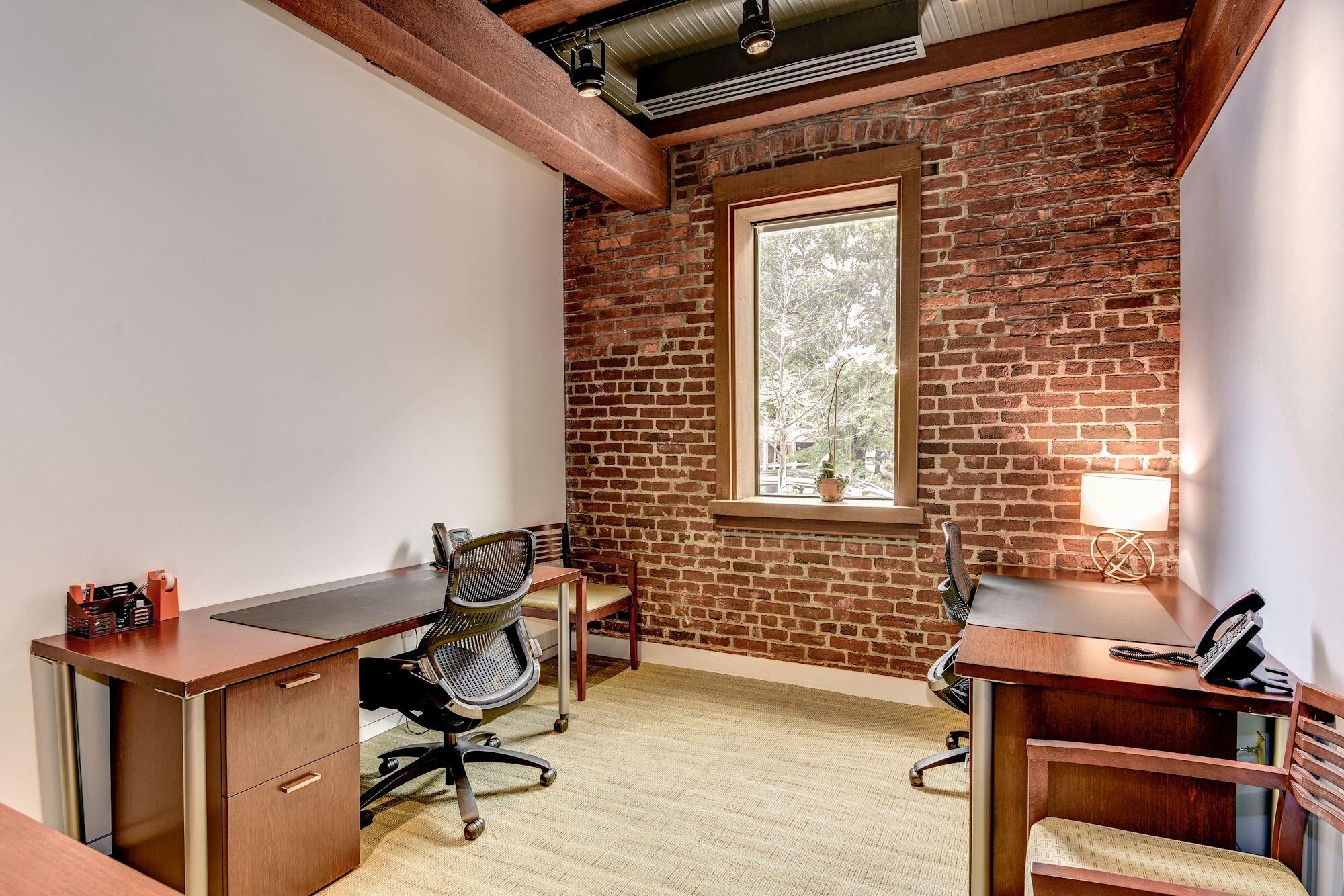 Carr Workplaces - Georgetown - Office 103