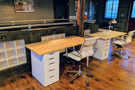 DXLabs - Dedicated Desk 3