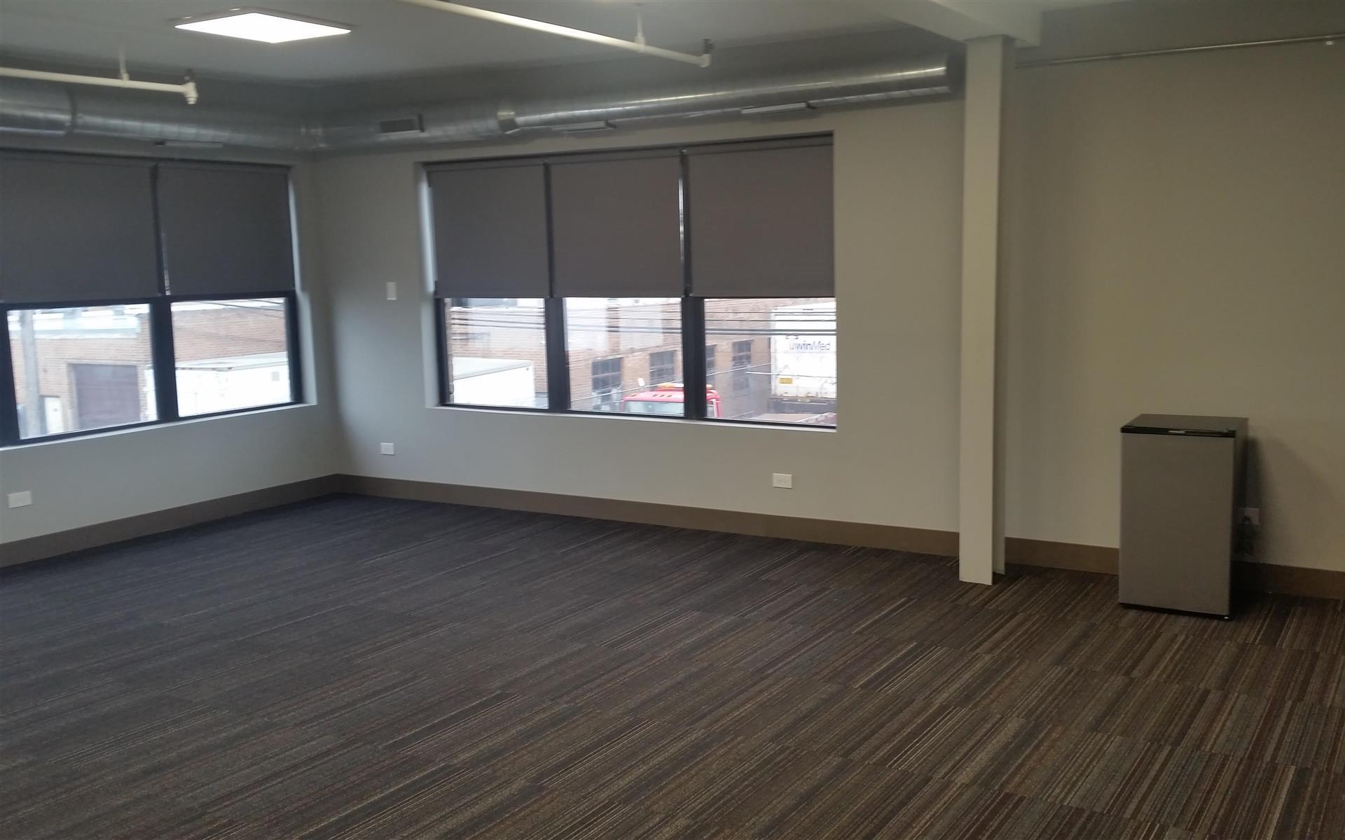 8042-8052 monticello - Office 202
