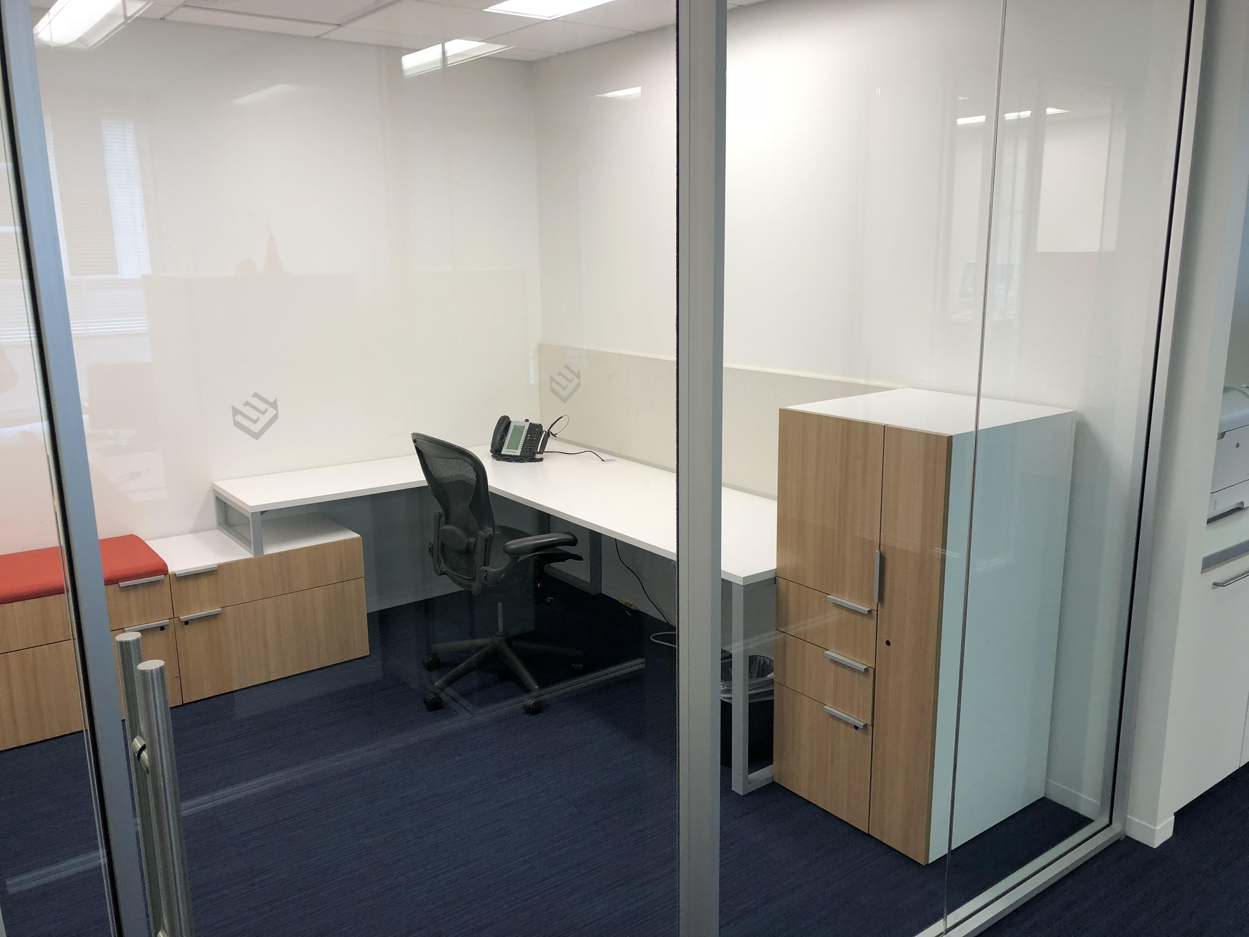 The Ezra Company - Private Office