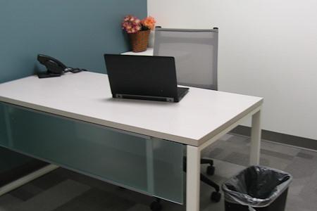 Workspace Patrion - Interior Day Office