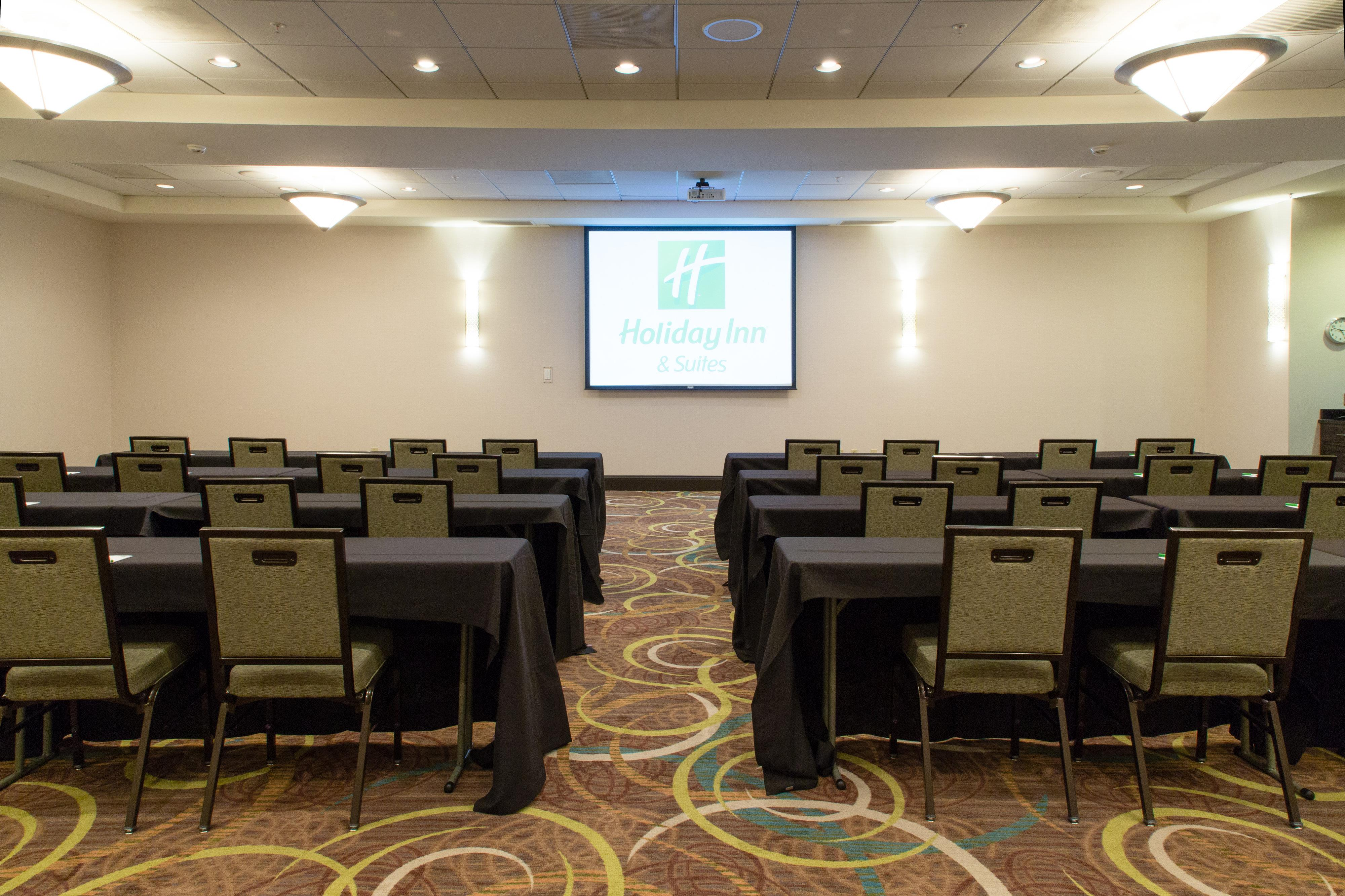 Holiday Inn & Suites - Rachel Crothers Conference Room