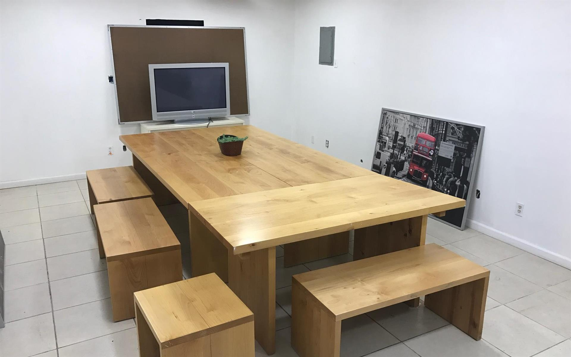 Quiet Office Space - Conference Table for upto 10 ppl