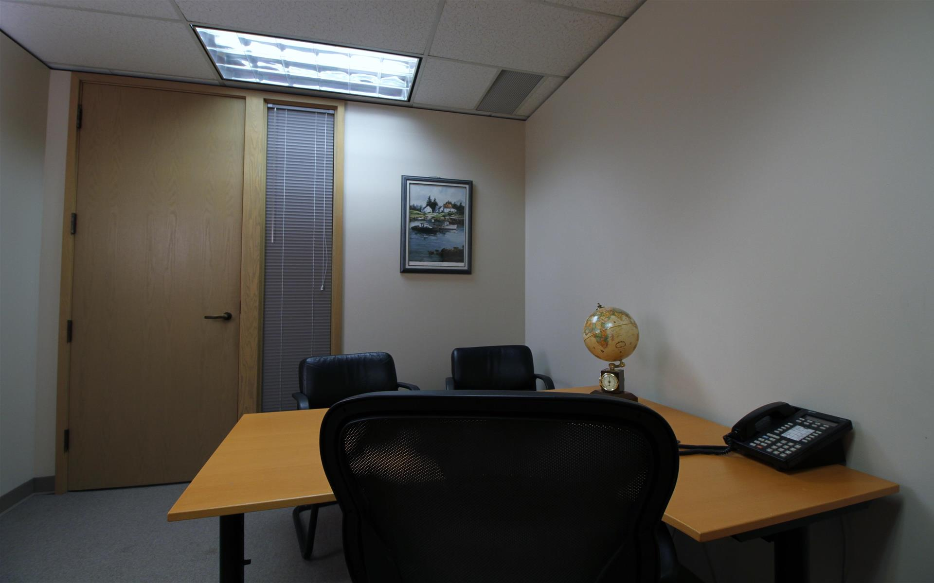 Meadow Creek Business Center - Hourly Office