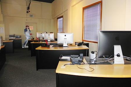 K Dunn & Associates - Open Desk