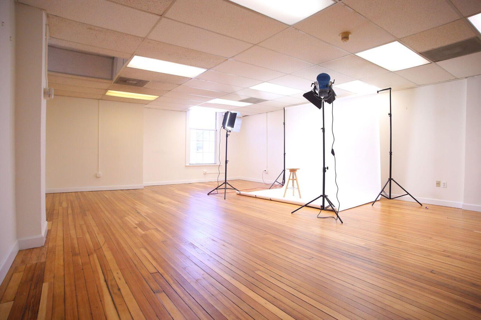Studio 408 - Studio 408