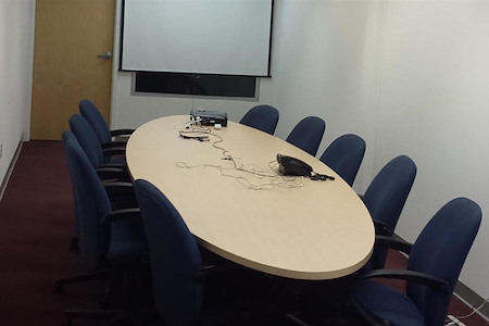 Central Court Offices - Conference Room
