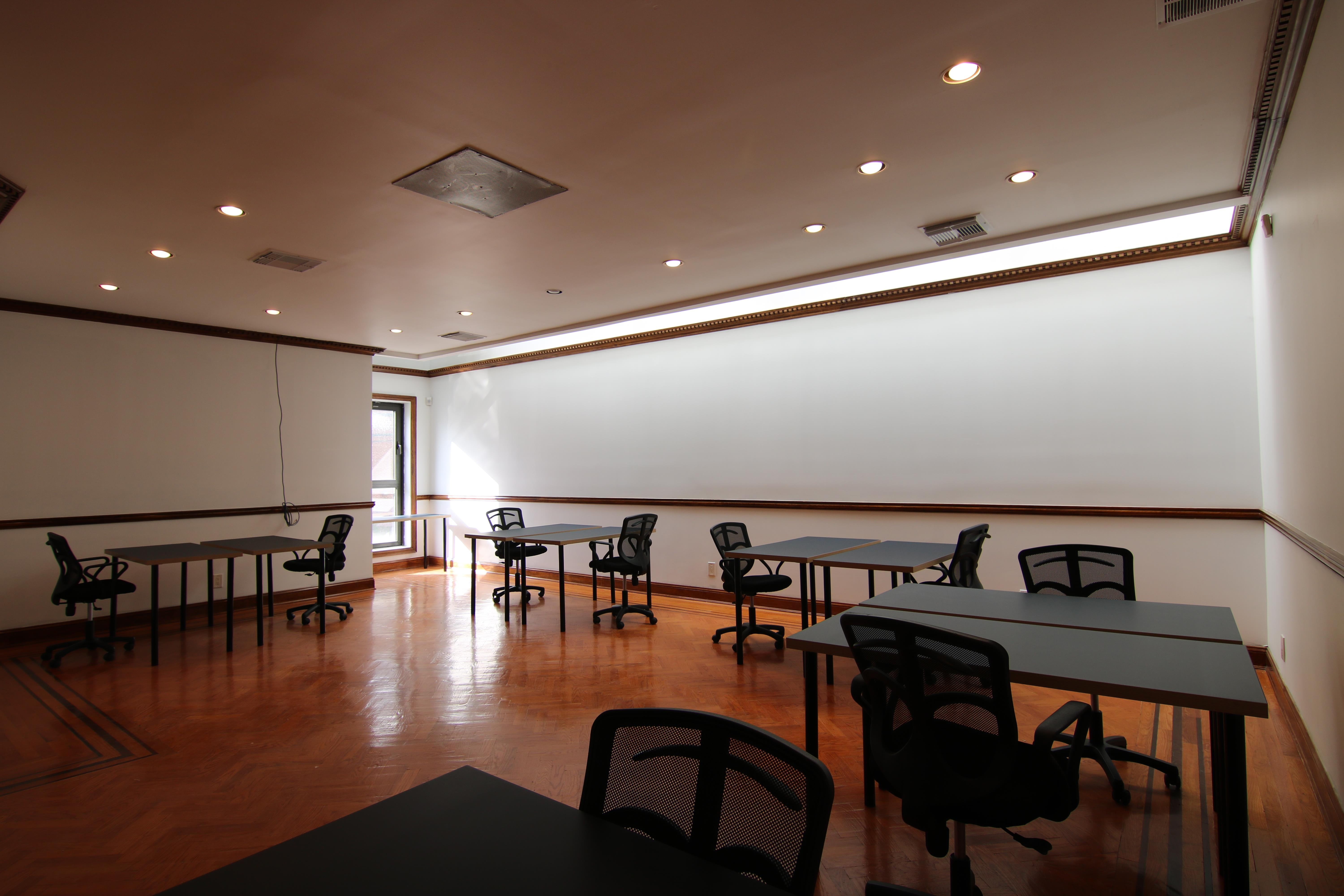 Summit Offices - Long Island City, Queens - Large Private Office Floor (Copy)