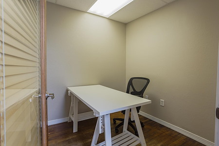 CoWorkTampa - Small Office