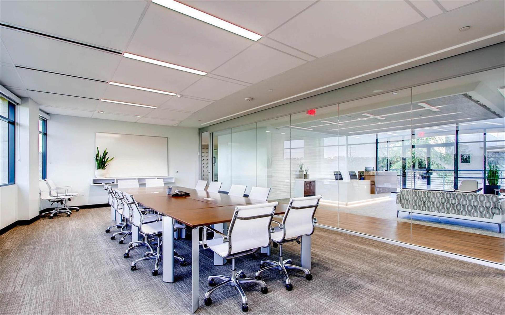 Avanti Workspace - Carlsbad - Longboard Meeting Room