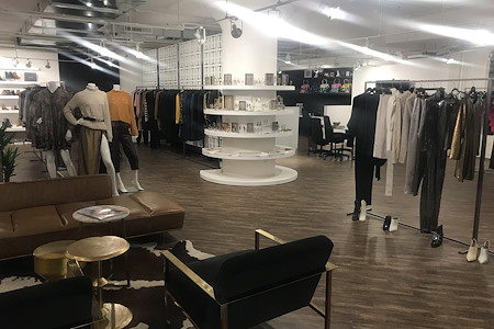 EightSixtySouth - Downtown Fashion Showroom - Open Desk
