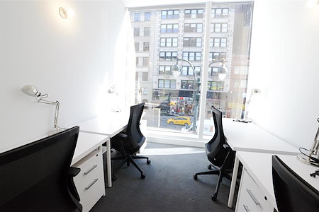 The Yard: Herald Square - 4-Person Team Office