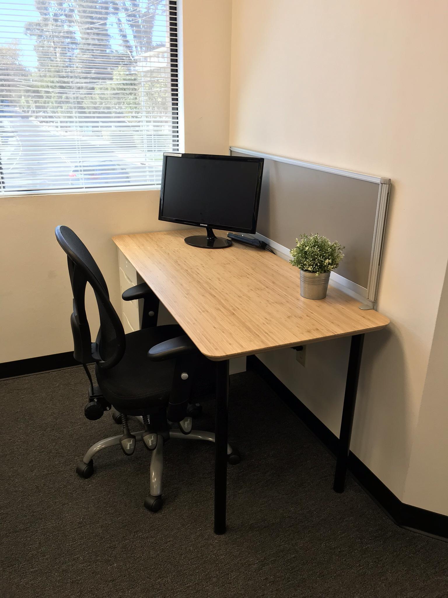 Sandbox Suites Palo Alto - Private Desk