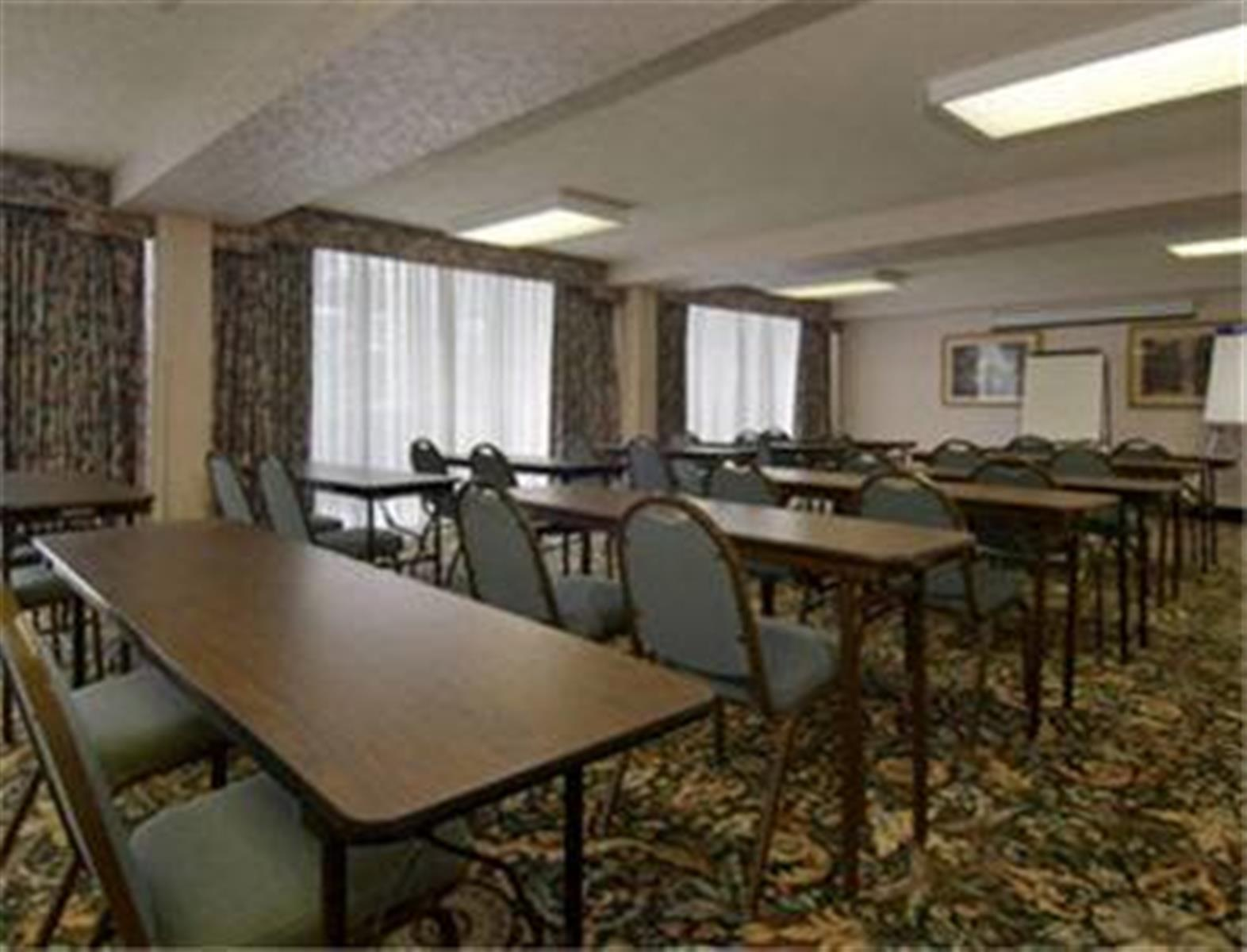 Rodeway Inn & Suites Shreveport - Rose Room