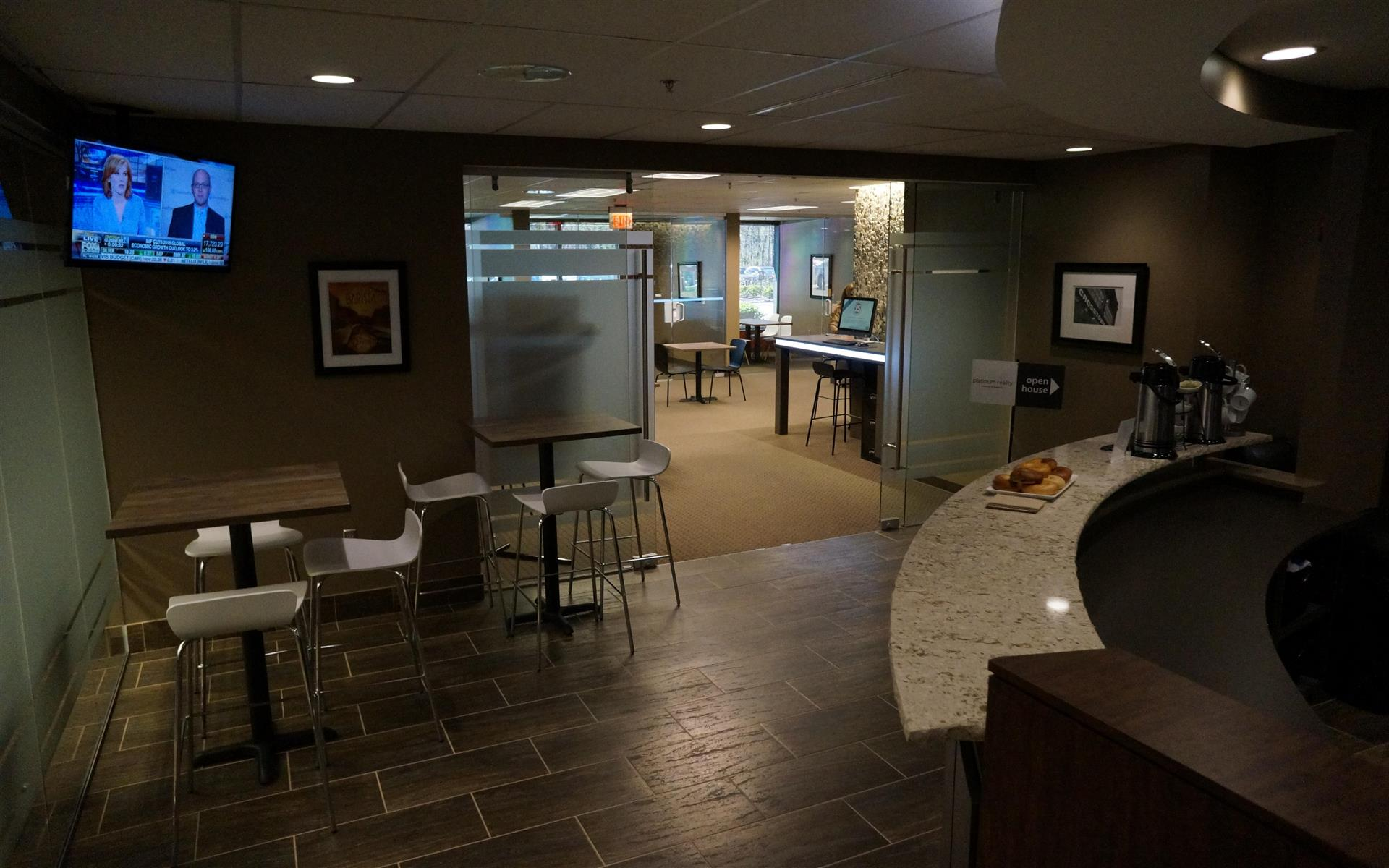 SmartSpace - Overland Park - Modern, Bright Office Workspace