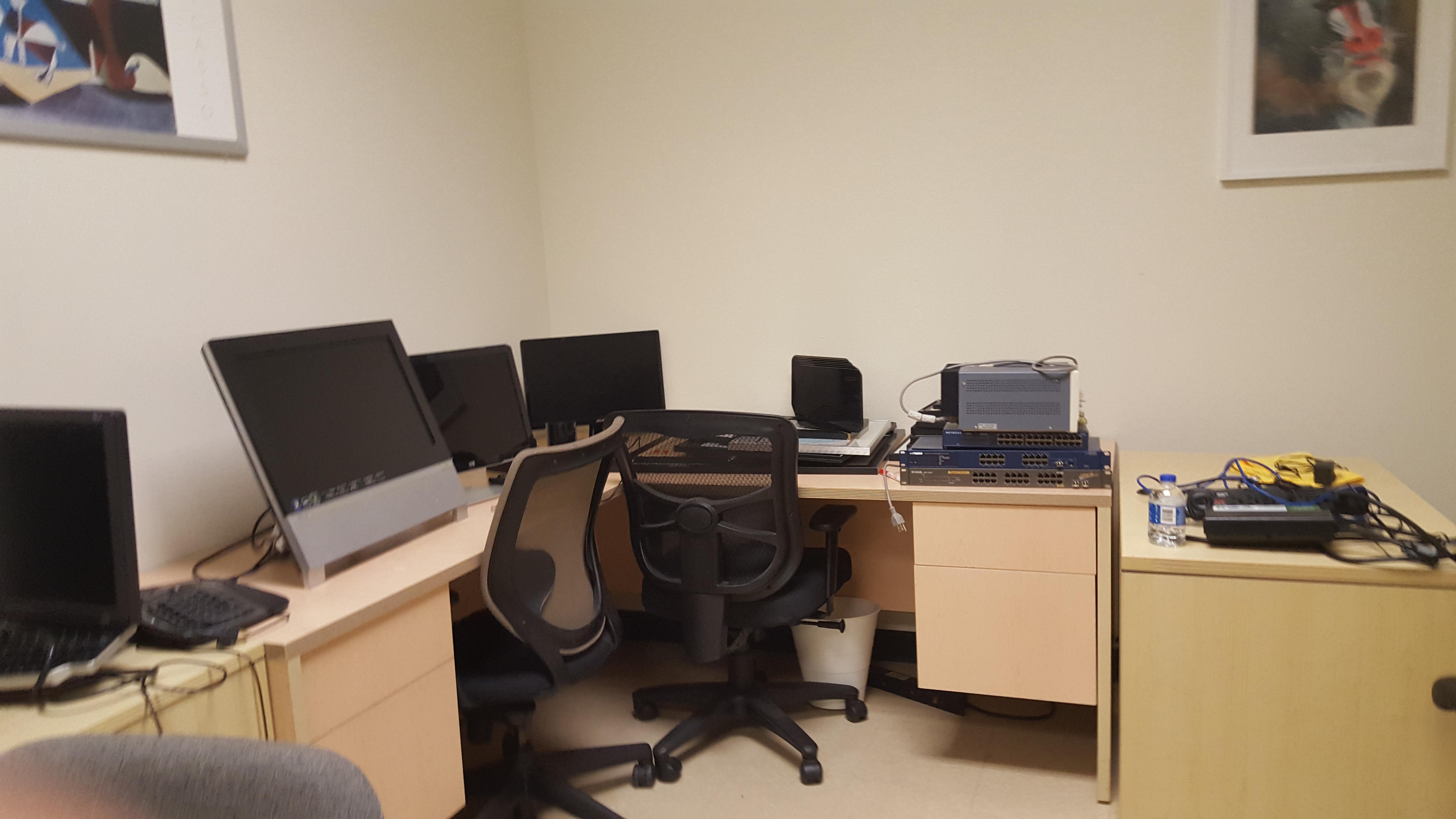 Global Business Accelerator - Dedicated Desk