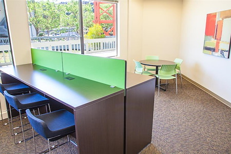 Office Evolution - Mill Valley - Drop-in Lounge