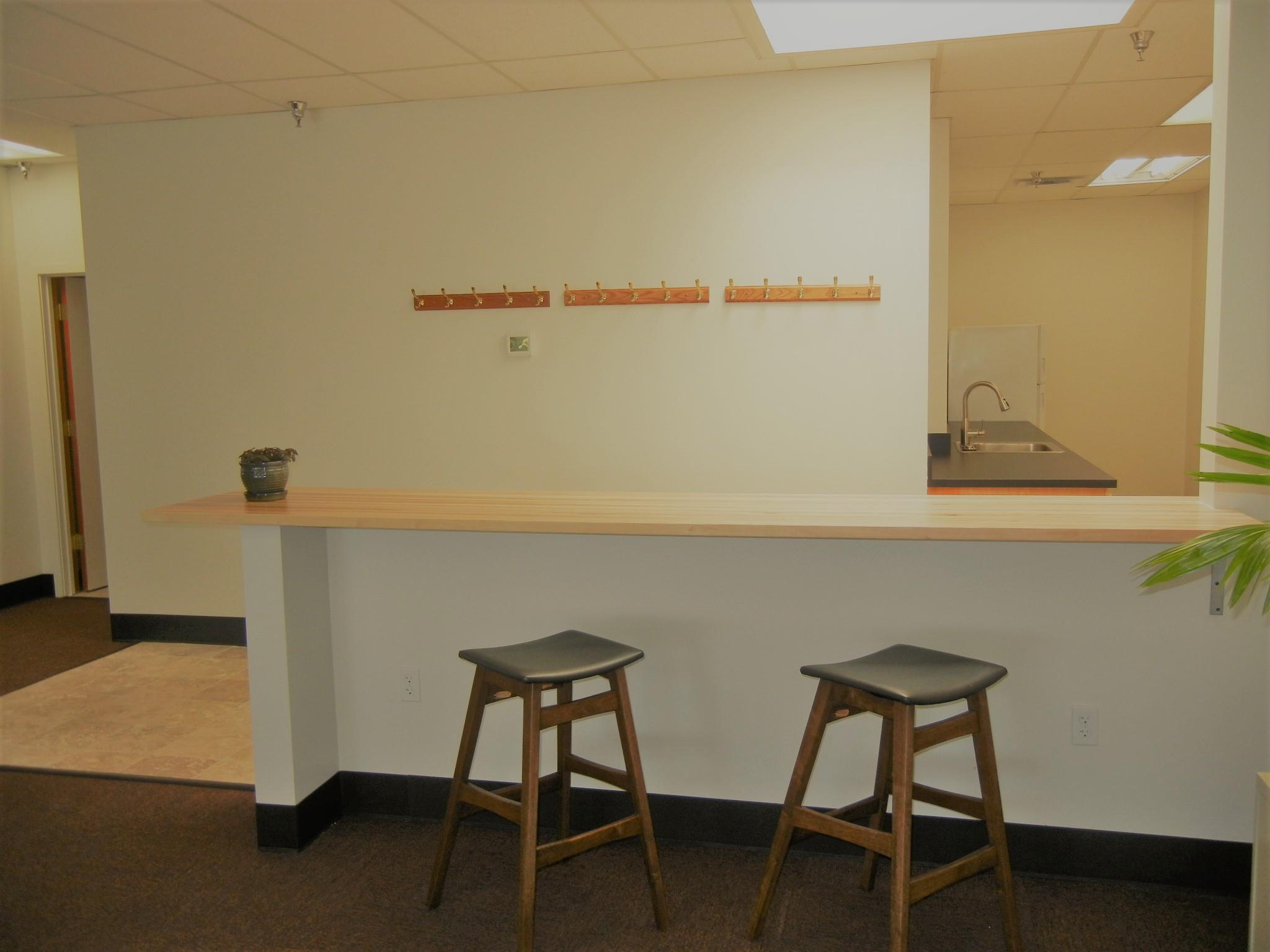 Flatirons Office - Small Desk