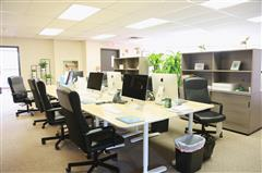 Host at Great office space close to FORT LEE & NYC!