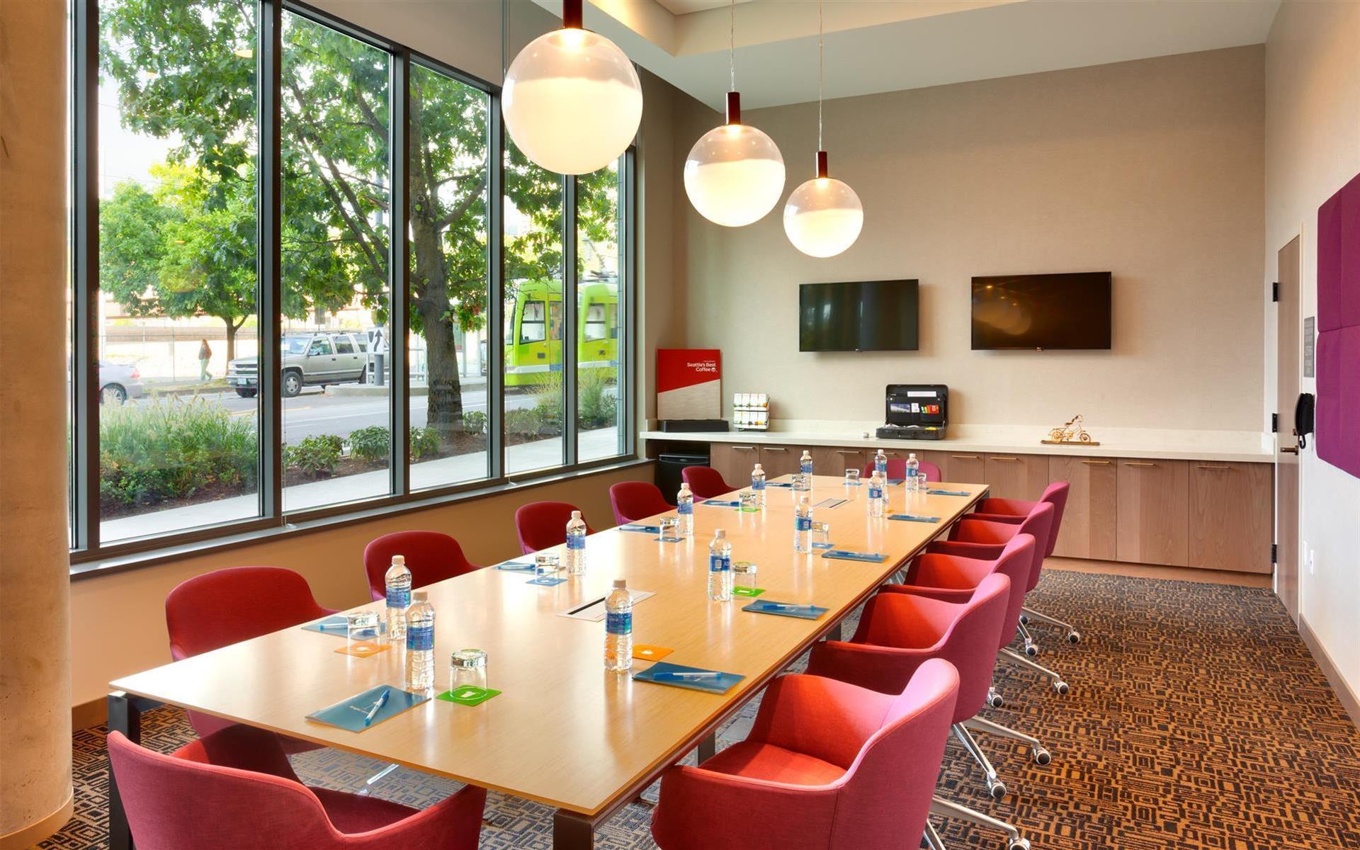 Hyatt House Portland / Downtown - Boardroom