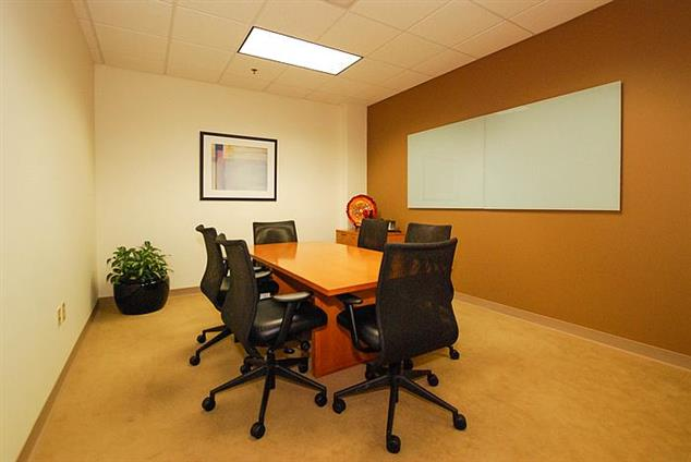 YourOffice USA-Ballantyne Corporate Park - Interior Conference Room